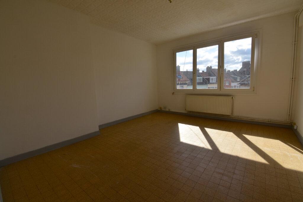 Location Appartement 2 pièces à Calais - vignette-1
