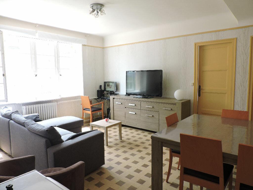 Location Appartement 4 pièces à Calais - vignette-1