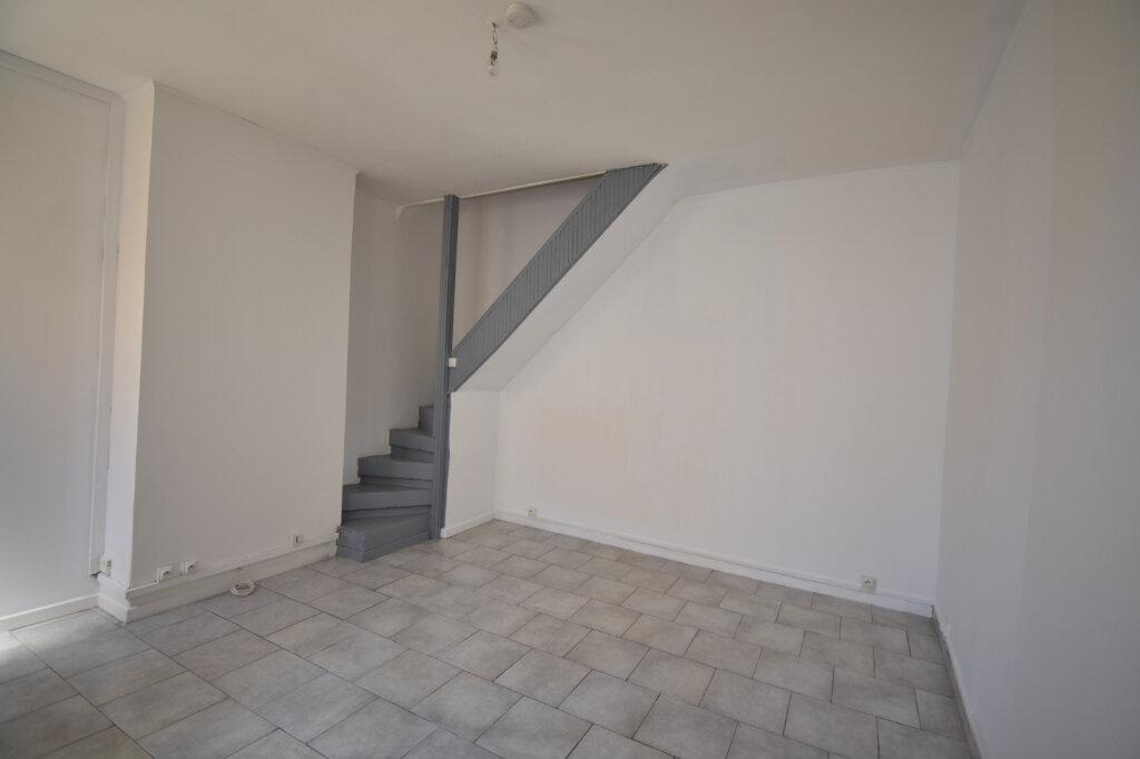 Location Maison 2 pièces à Calais - vignette-1
