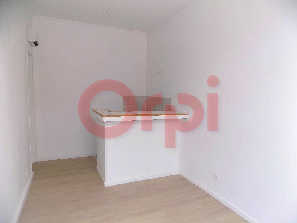 Achat Appartement 2 pièces à Calais - vignette-2
