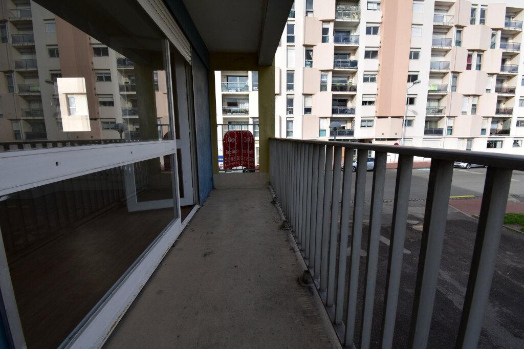 Location Appartement 2 pièces à Calais - vignette-5