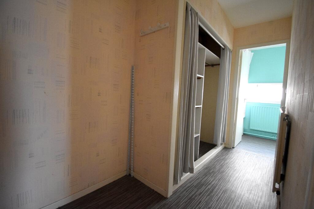 Location Appartement 2 pièces à Calais - vignette-6