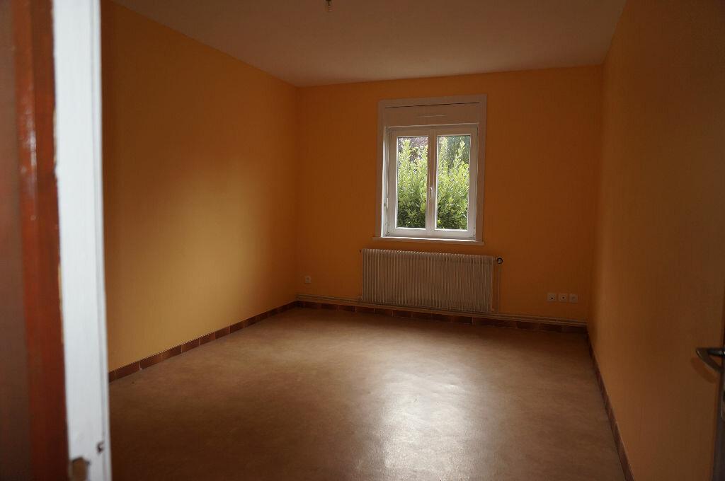 Location Maison 5 pièces à Sainte-Marie-Kerque - vignette-4