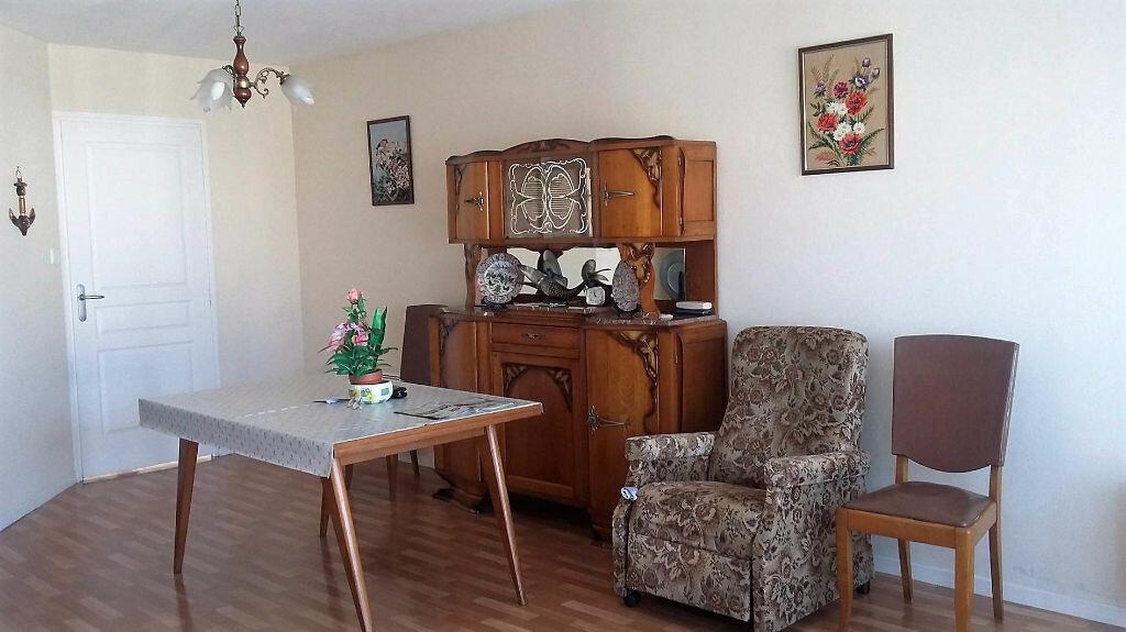 Achat Appartement 3 pièces à Calais - vignette-2