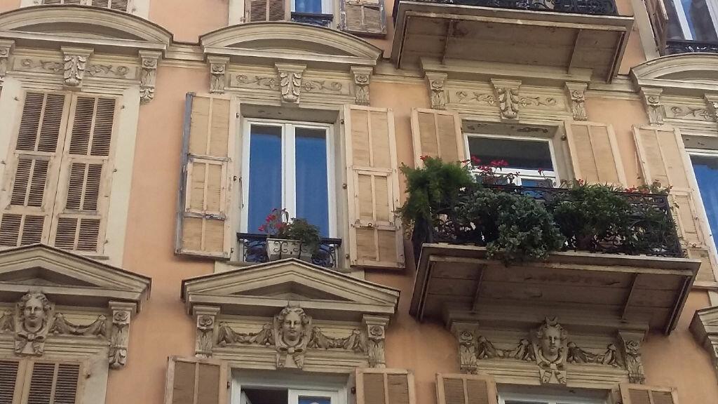 Achat Appartement 4 pièces à Nice - vignette-2