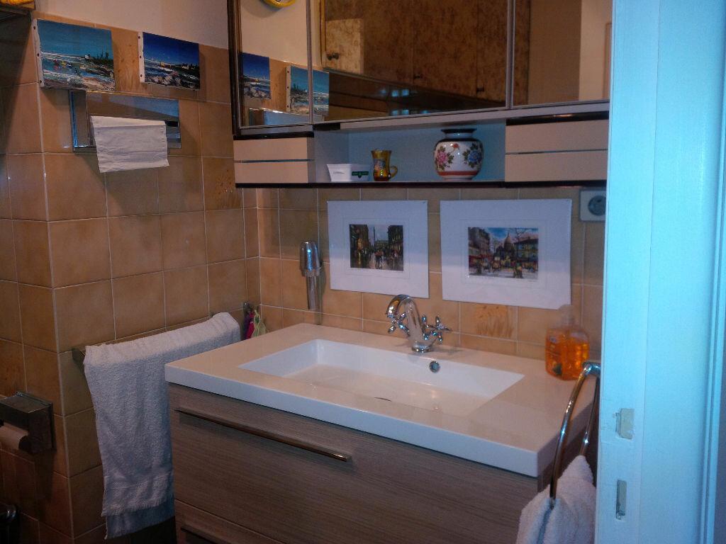 Location Appartement 4 pièces à Nice - vignette-4