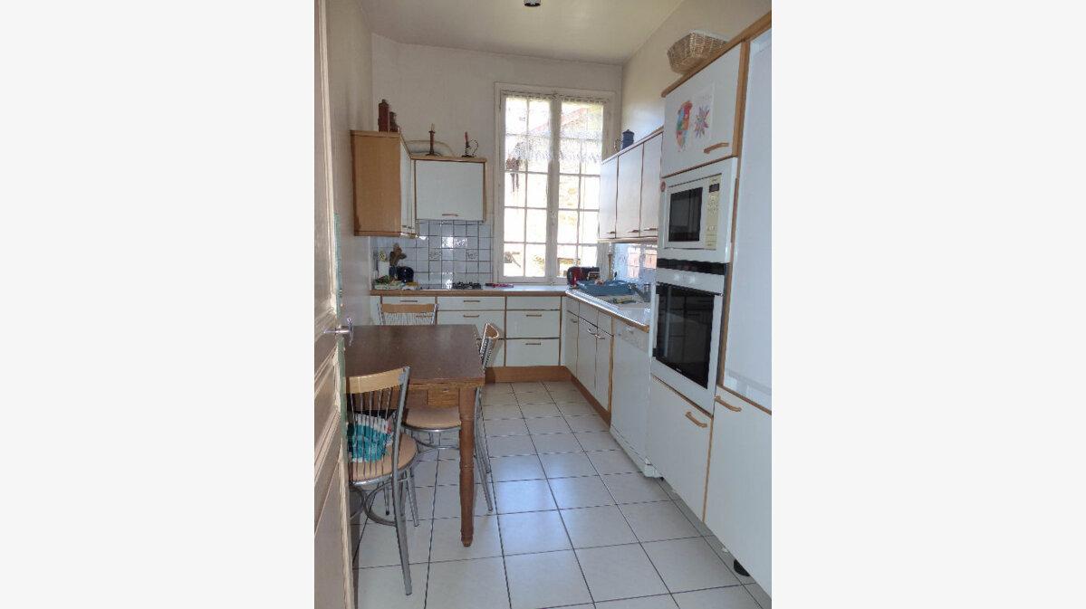 Achat Maison 9 pièces à Saint-Maur-des-Fossés - vignette-8
