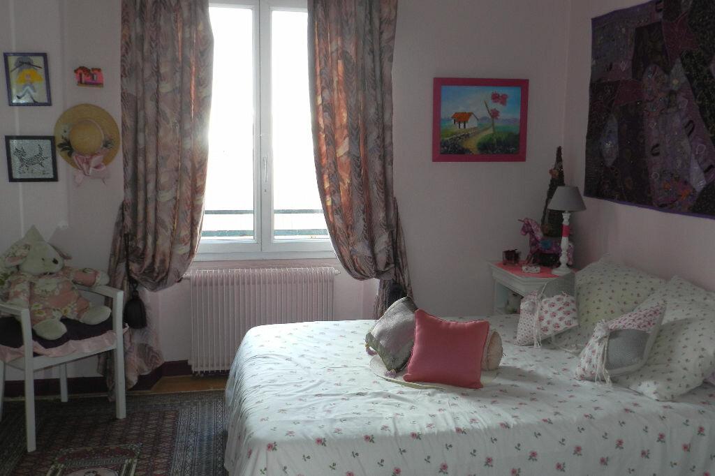 Achat Appartement 4 pièces à Saint-Maur-des-Fossés - vignette-3