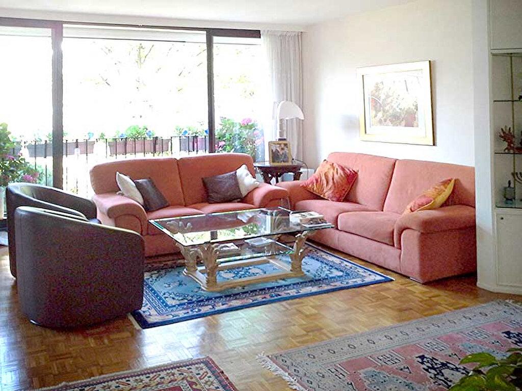 Achat Appartement 5 pièces à Paris 19 - vignette-1