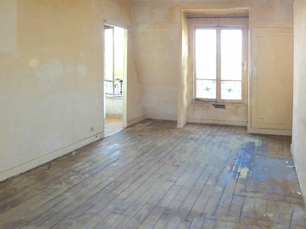 Achat Appartement 1 pièce à Paris 19 - vignette-2