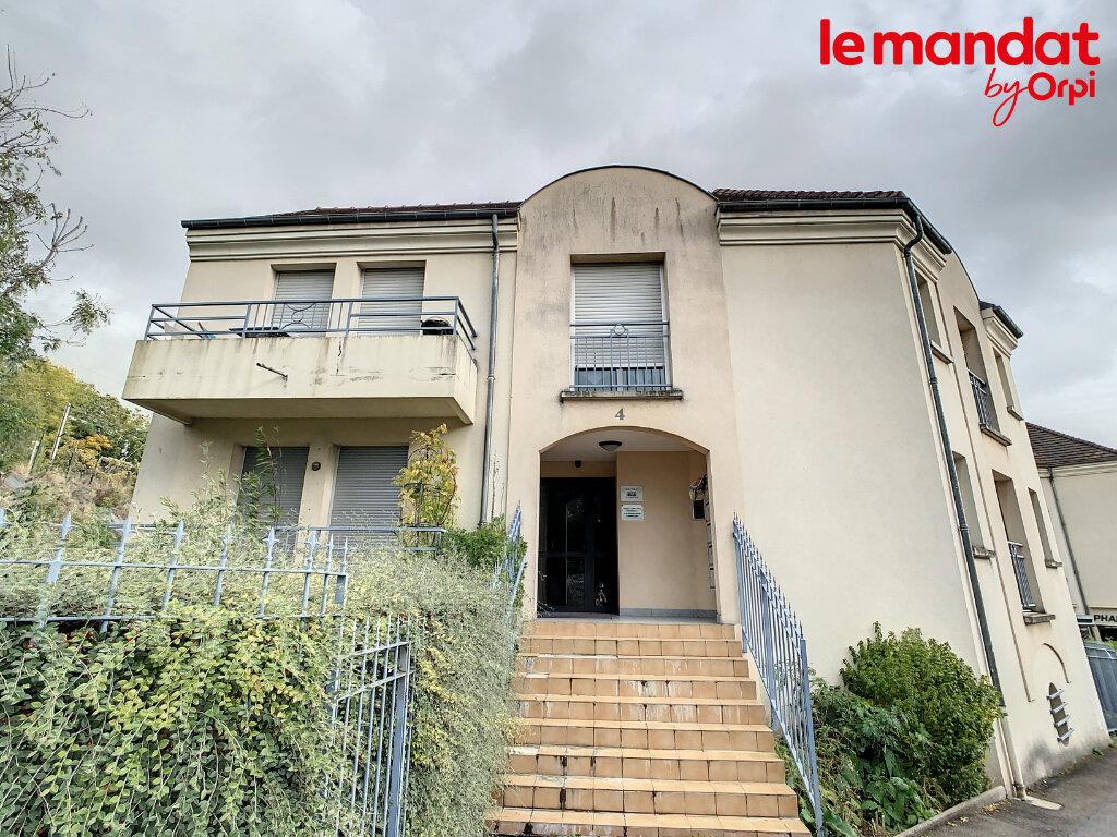 Location Appartement 2 pièces à Hardricourt - vignette-1