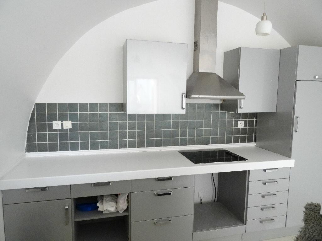 Achat Appartement 2 pièces à Mézy-sur-Seine - vignette-3