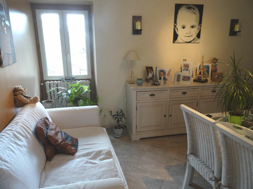 Achat Maison 4 pièces à Mézy-sur-Seine - vignette-6