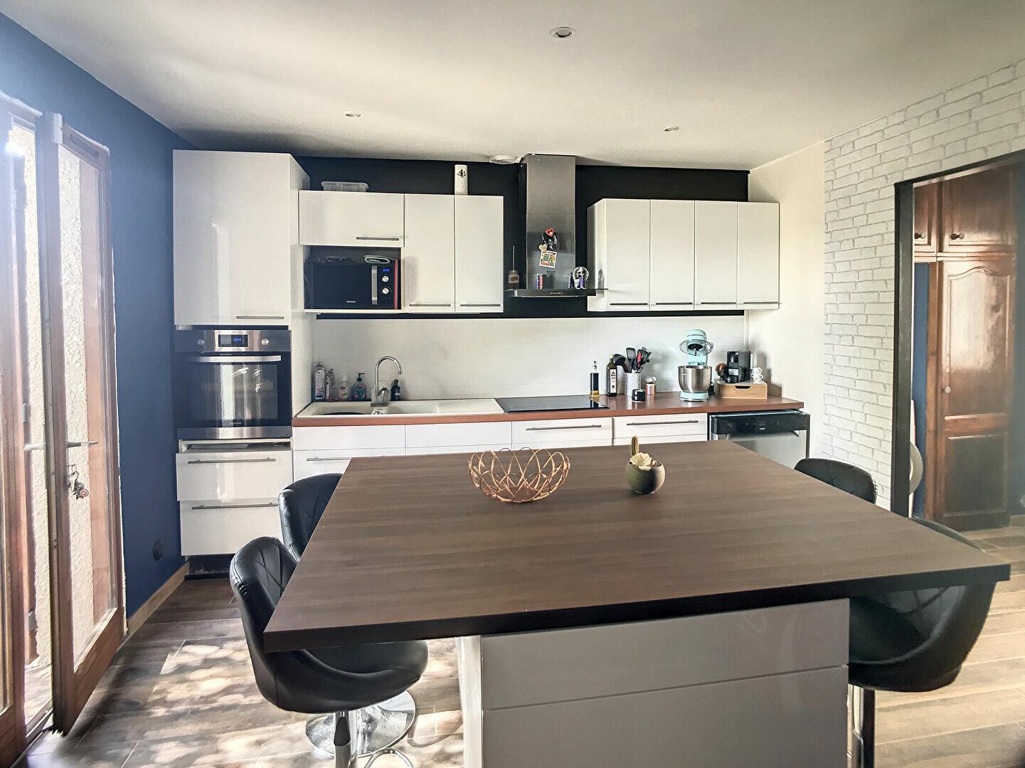 Achat Maison 6 pièces à Mézy-sur-Seine - vignette-1