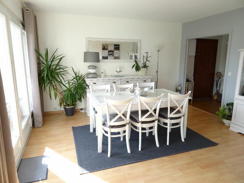 Achat Appartement 5 pièces à Meulan-en-Yvelines - vignette-4