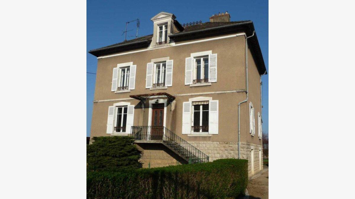 Achat Maison 13 pièces à Saint-Laurent-sur-Saône - vignette-1