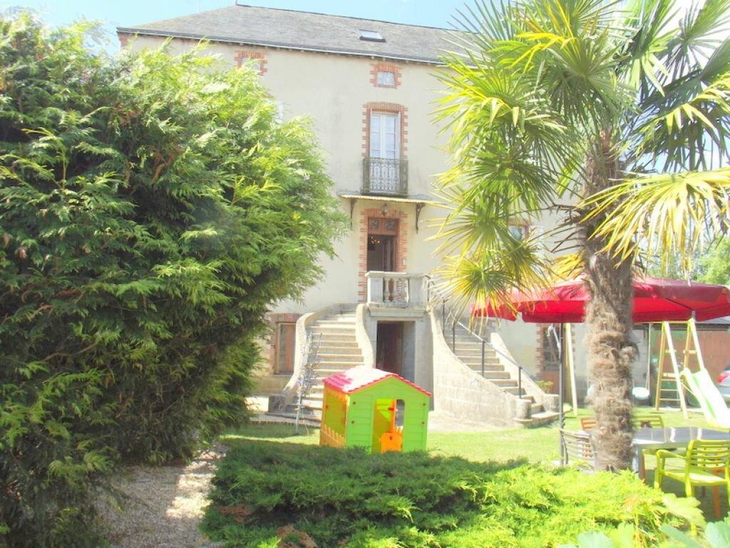Achat Maison 8 pièces à Pouancé - vignette-1
