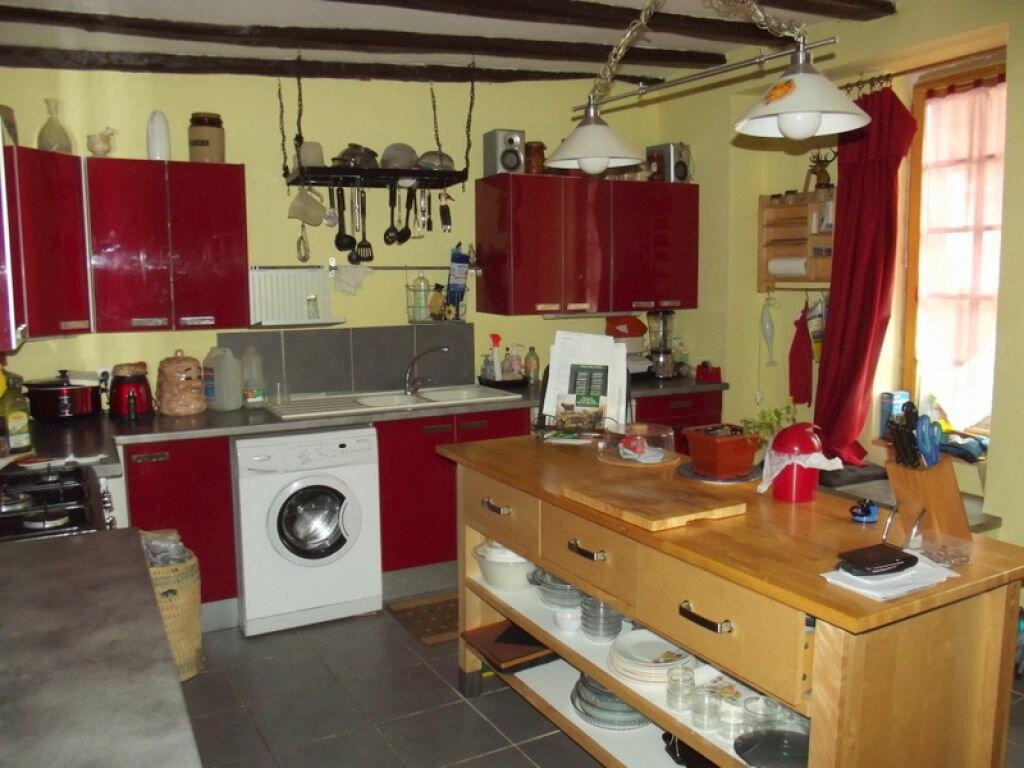 Achat Maison 8 pièces à Noyant-la-Gravoyère - vignette-3