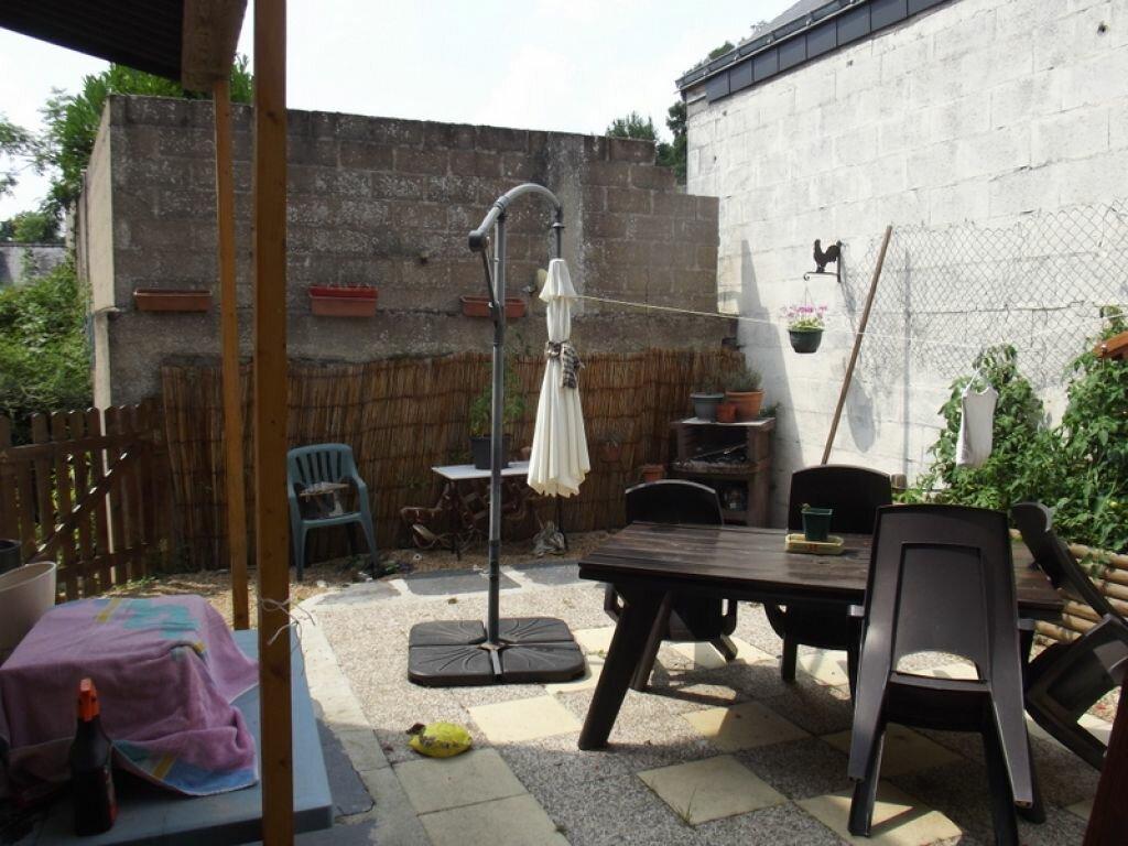 Achat Maison 8 pièces à Noyant-la-Gravoyère - vignette-4