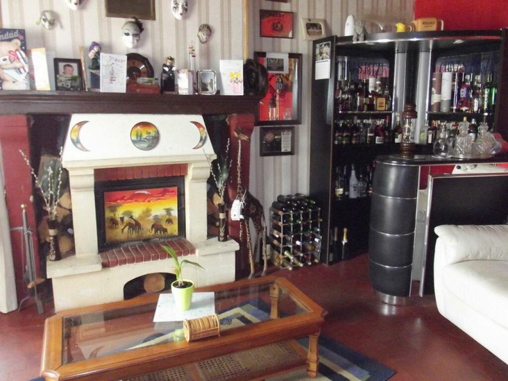 Achat Maison 8 pièces à Noyant-la-Gravoyère - vignette-5