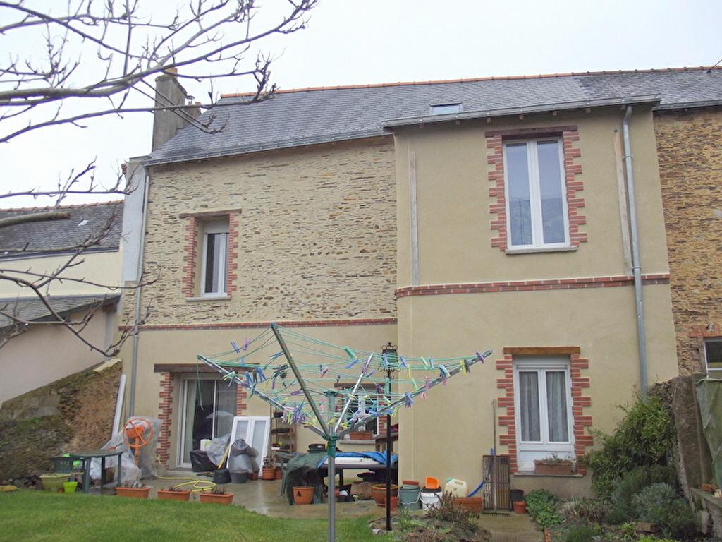 Achat Maison 7 pièces à Pouancé - vignette-1