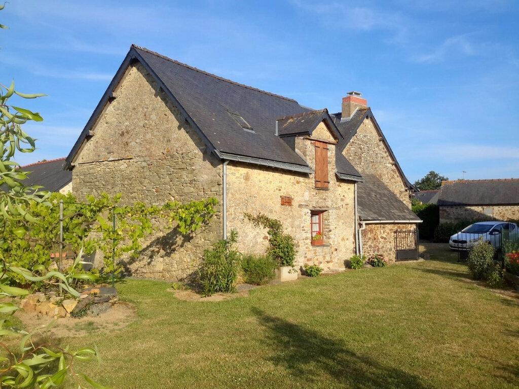 Achat Maison 7 pièces à Saint-Aubin-des-Châteaux - vignette-1