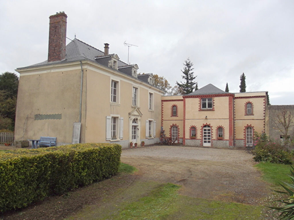 Achat Maison 7 pièces à Saint-Martin-du-Limet - vignette-1