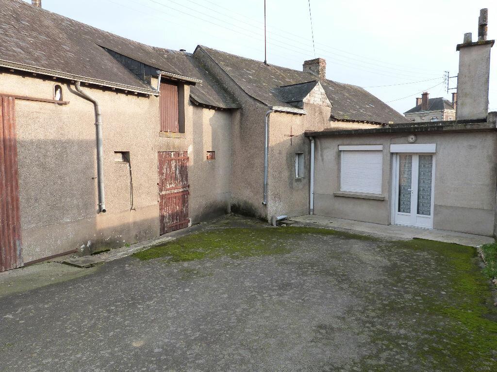 Achat Maison 4 pièces à La Chapelle-Glain - vignette-2