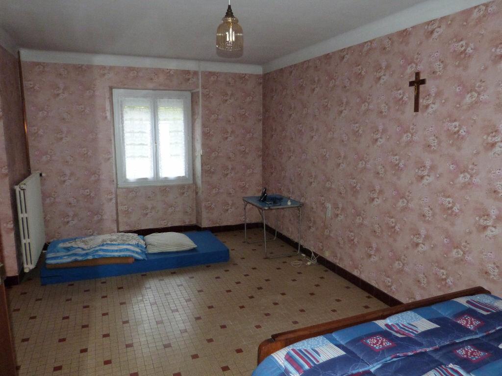 Achat Maison 4 pièces à La Chapelle-Glain - vignette-5