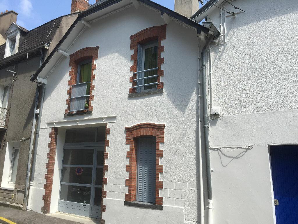 Achat Immeuble  à Châteaubriant - vignette-1