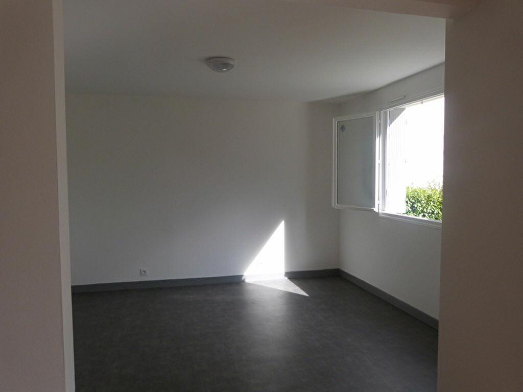 Achat Appartement 2 pièces à Châteaubriant - vignette-2