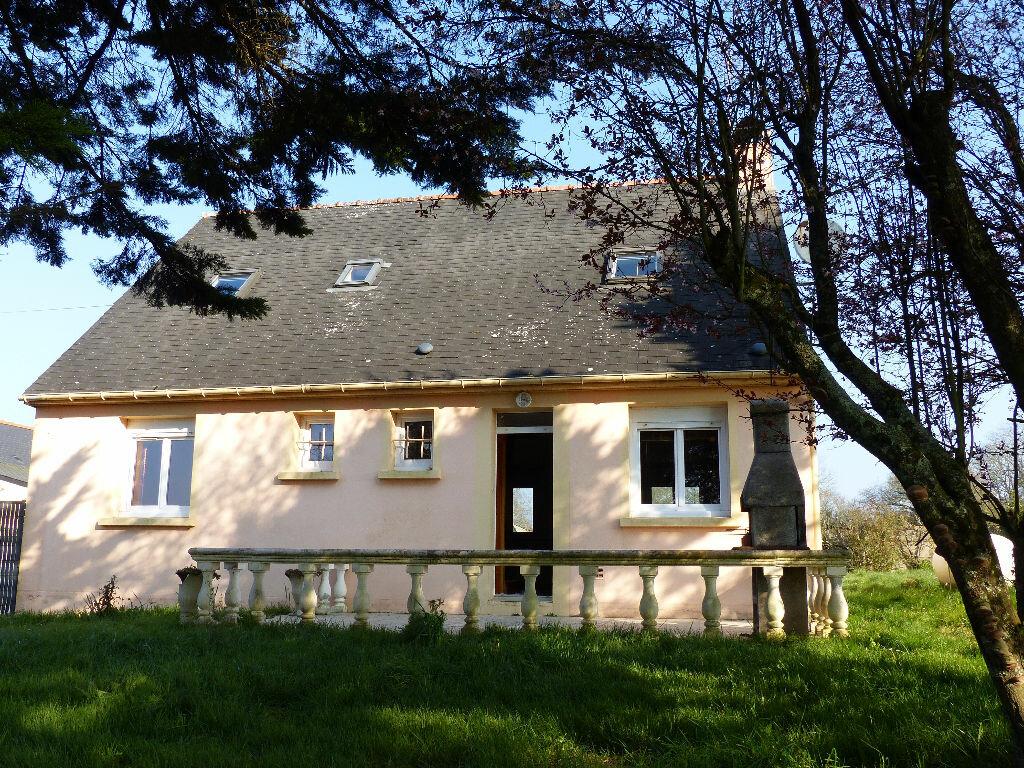 Achat Maison 6 pièces à Saint-Aubin-des-Châteaux - vignette-1