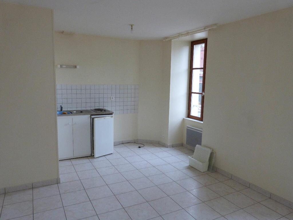 Location Appartement 2 pièces à Moisdon-la-Rivière - vignette-2