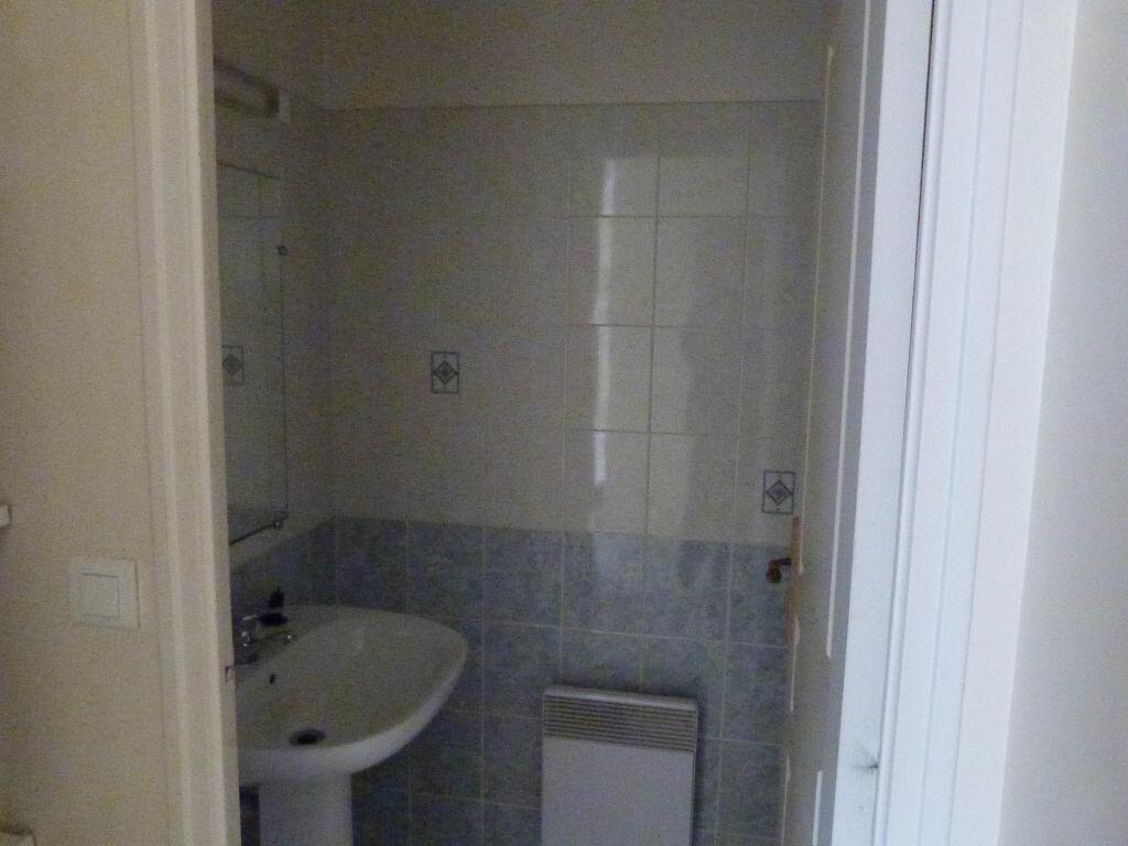 Location Appartement 2 pièces à Moisdon-la-Rivière - vignette-3