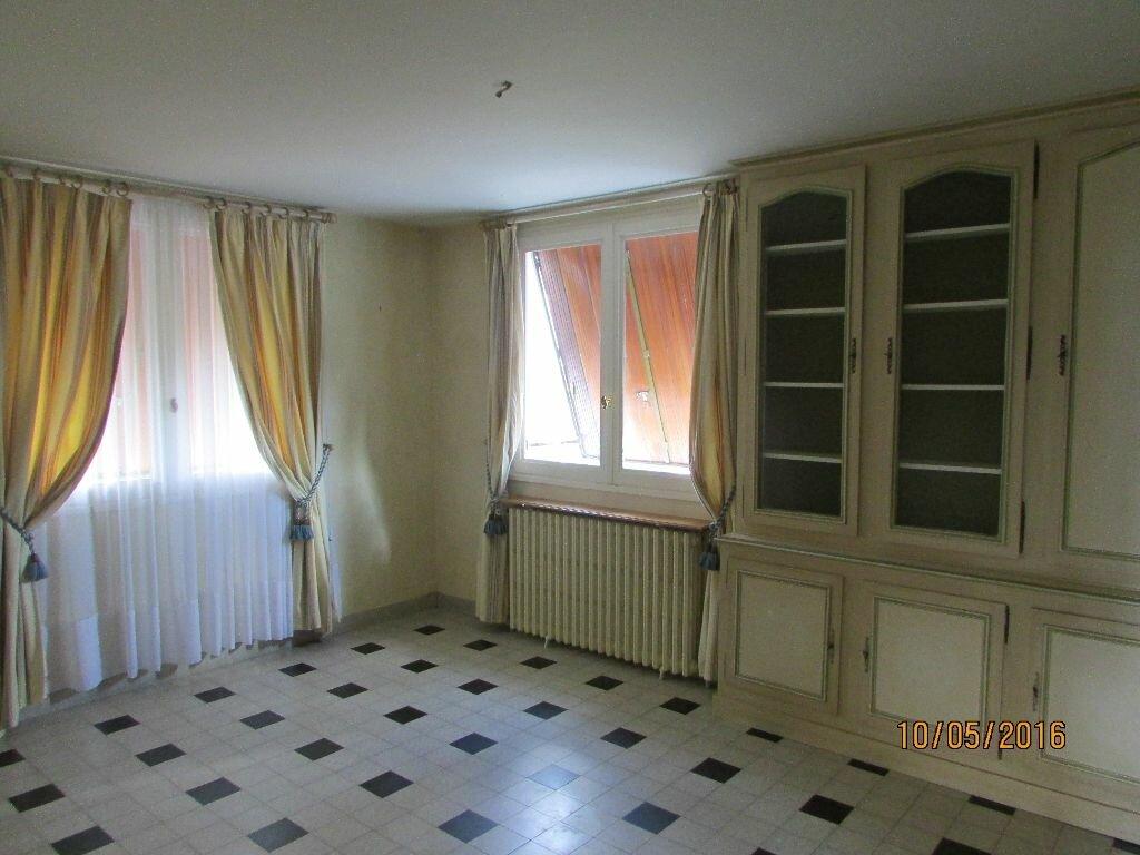 Achat Maison 6 pièces à Le Bourg-d'Iré - vignette-3