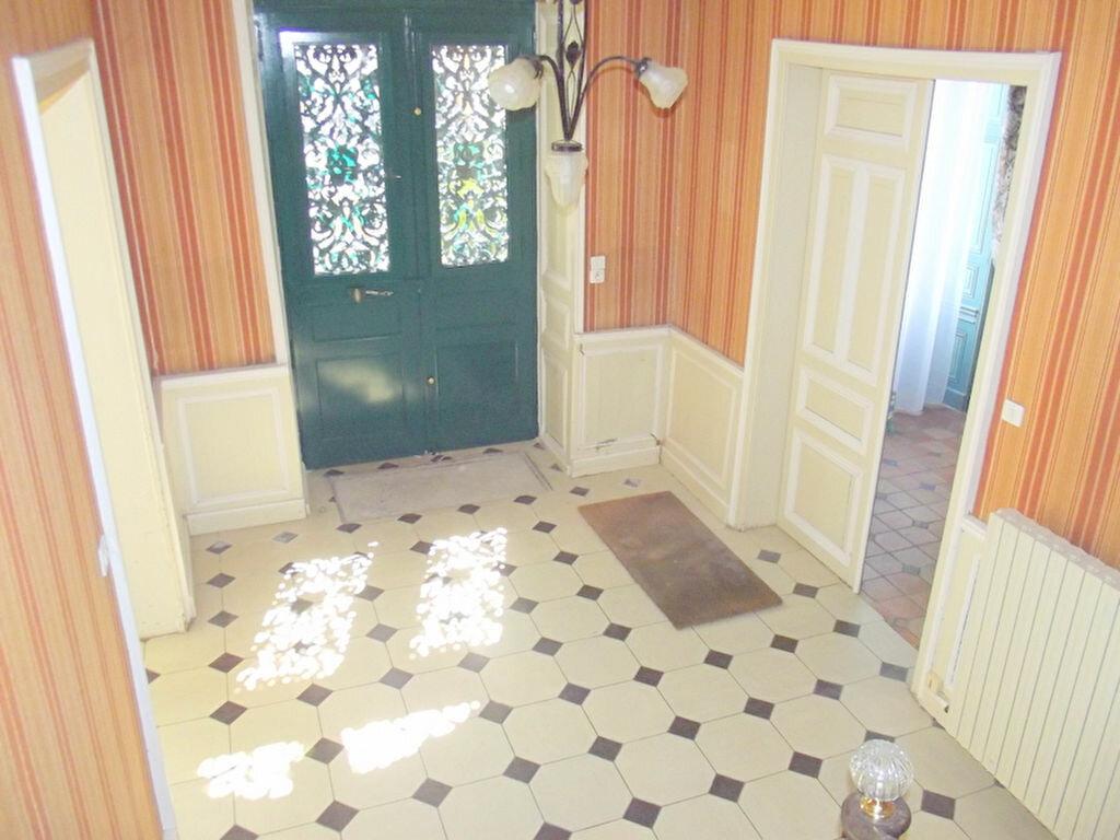 Location Maison 10 pièces à Pouancé - vignette-2