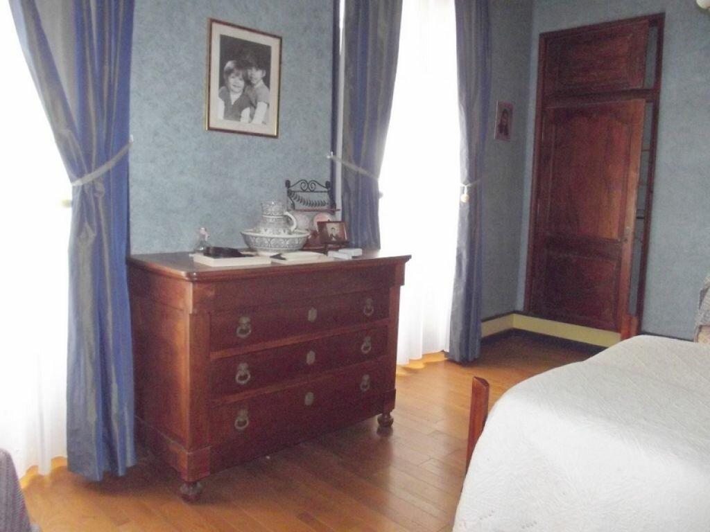 Location Maison 10 pièces à Pouancé - vignette-7