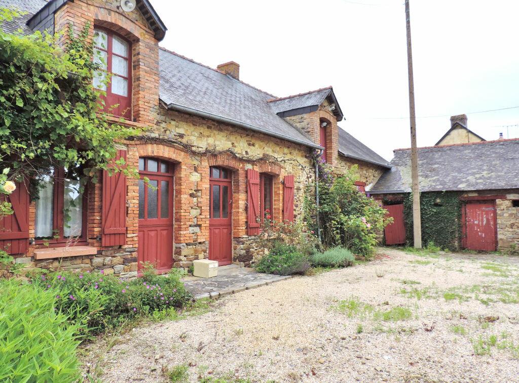 Achat Maison 4 pièces à Ercé-en-Lamée - vignette-1