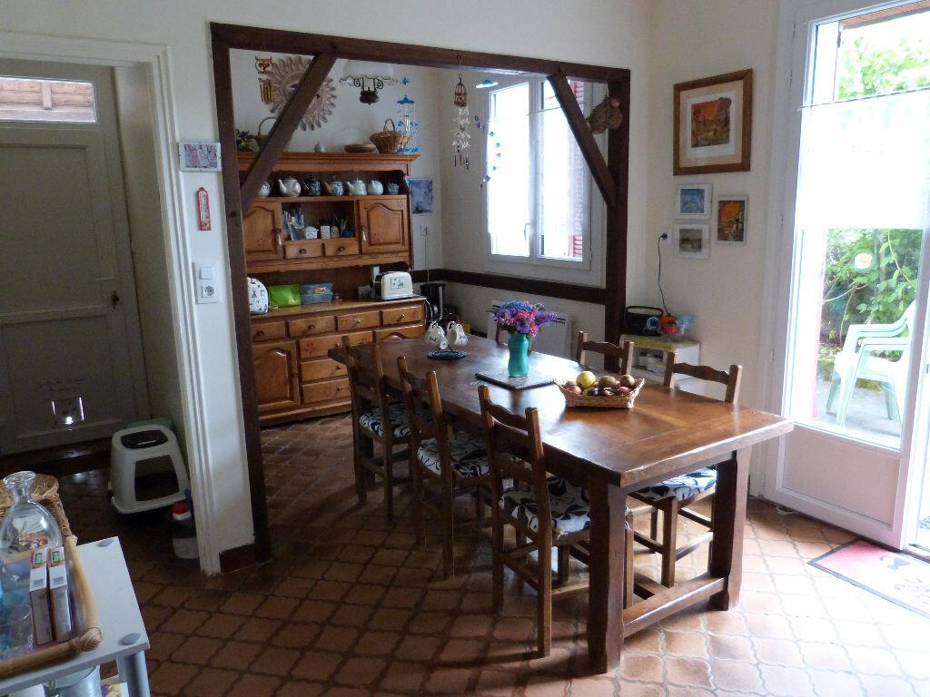 Achat Maison 6 pièces à Saint-Julien-de-Vouvantes - vignette-6