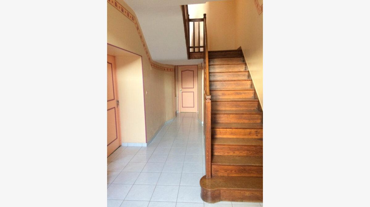 Achat Maison 7 pièces à Saint-Michel-et-Chanveaux - vignette-3
