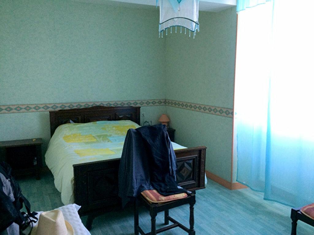 Achat Maison 7 pièces à Saint-Michel-et-Chanveaux - vignette-7
