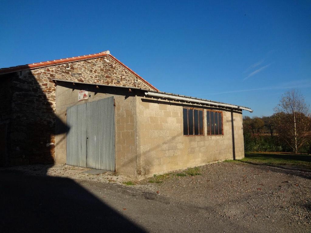Achat Maison 5 pièces à Chaillac-sur-Vienne - vignette-13