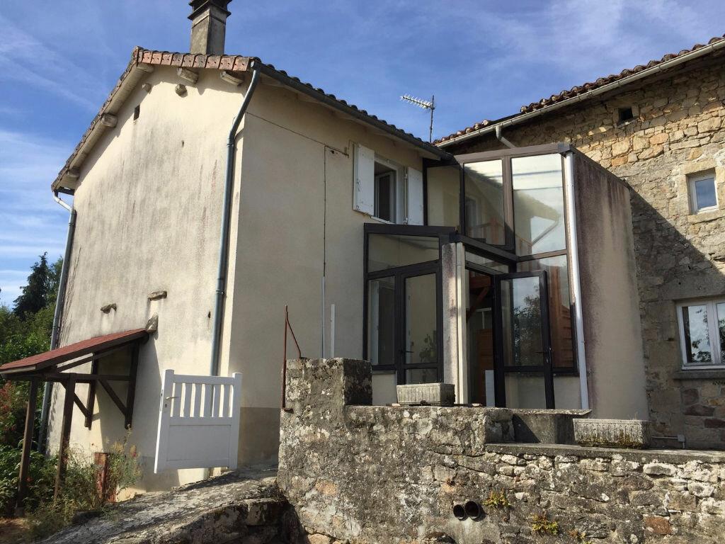 Achat Maison 3 pièces à Saint-Jouvent - vignette-1