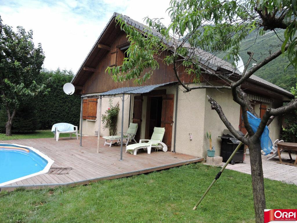 Achat Maison 6 pièces à Feissons-sur-Isère - vignette-1