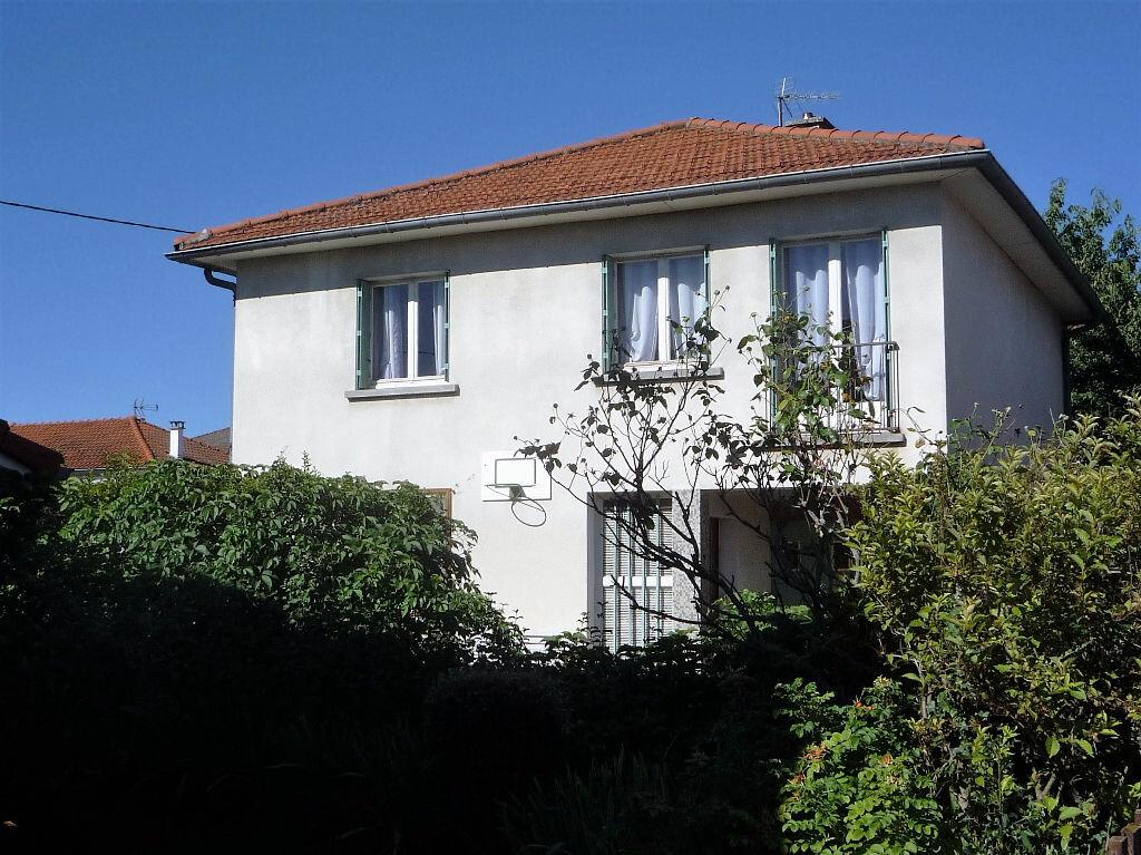 Achat Maison 5 pièces à Cournon-d'Auvergne - vignette-1