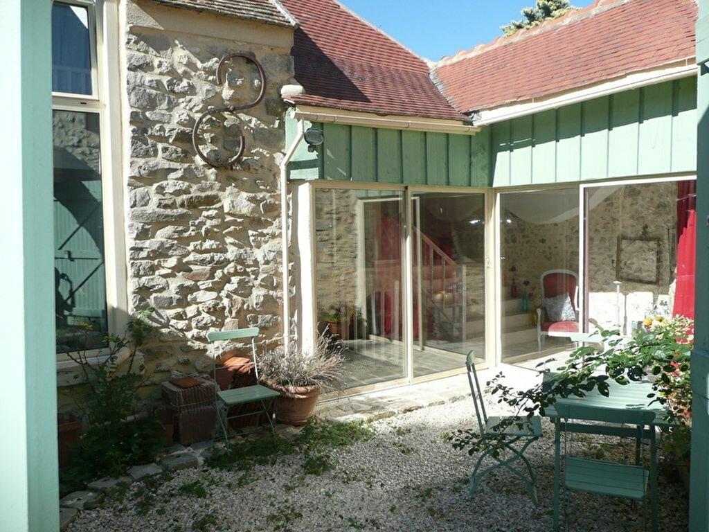 Achat Maison 5 pièces à Villeneuve-sur-Auvers - vignette-1