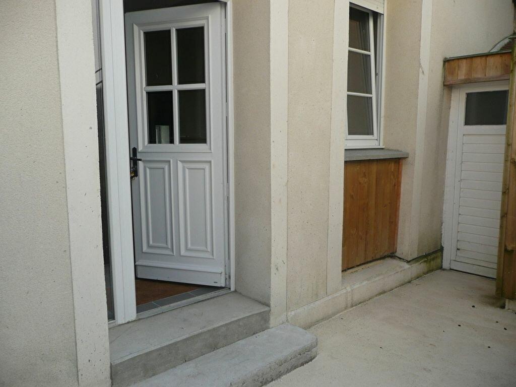 Location Appartement 2 pièces à Chamarande - vignette-1