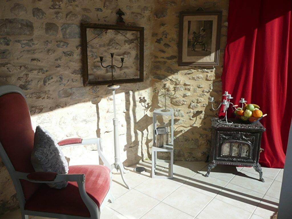 Achat Maison 4 pièces à Villeneuve-sur-Auvers - vignette-2