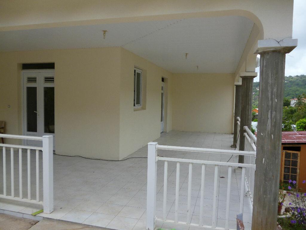 Location Appartement 4 pièces à Rivière-Pilote - vignette-1