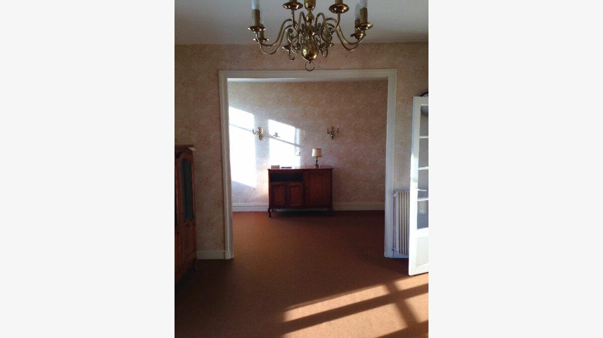 Achat Appartement 4 pièces à Chamalières - vignette-1